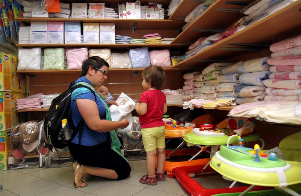 A várandós kismamák és kisgyermekes szülők szakáruháza - 16 éve ... 8d9be3dcee