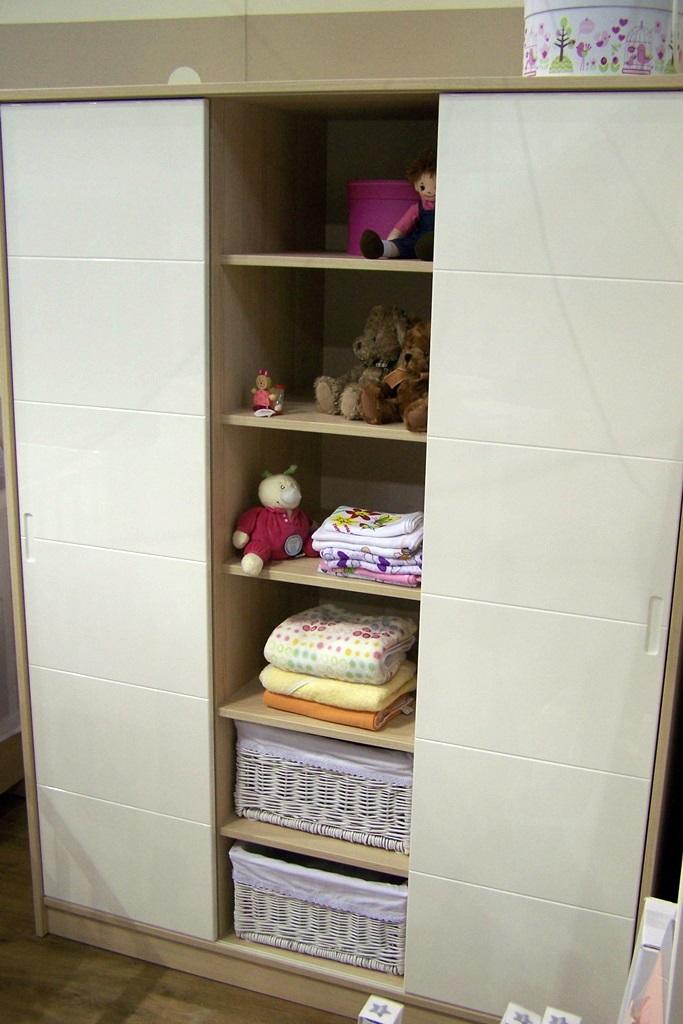faktum bútor alda 3 osztású szekrény